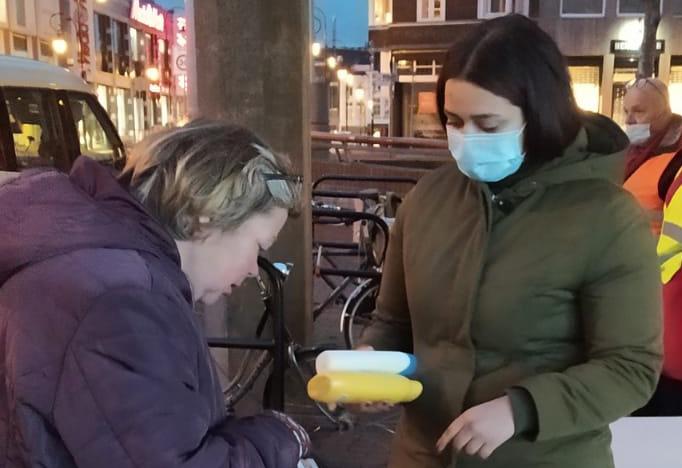 Kledinginzameling voor daklozen groot succes
